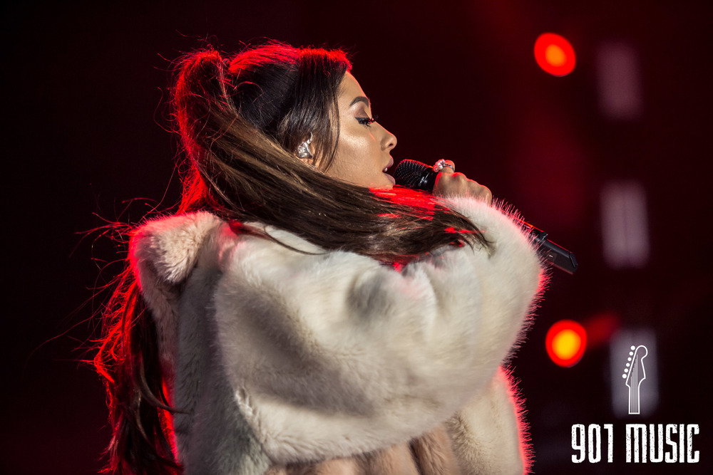 Ariana-11.jpg