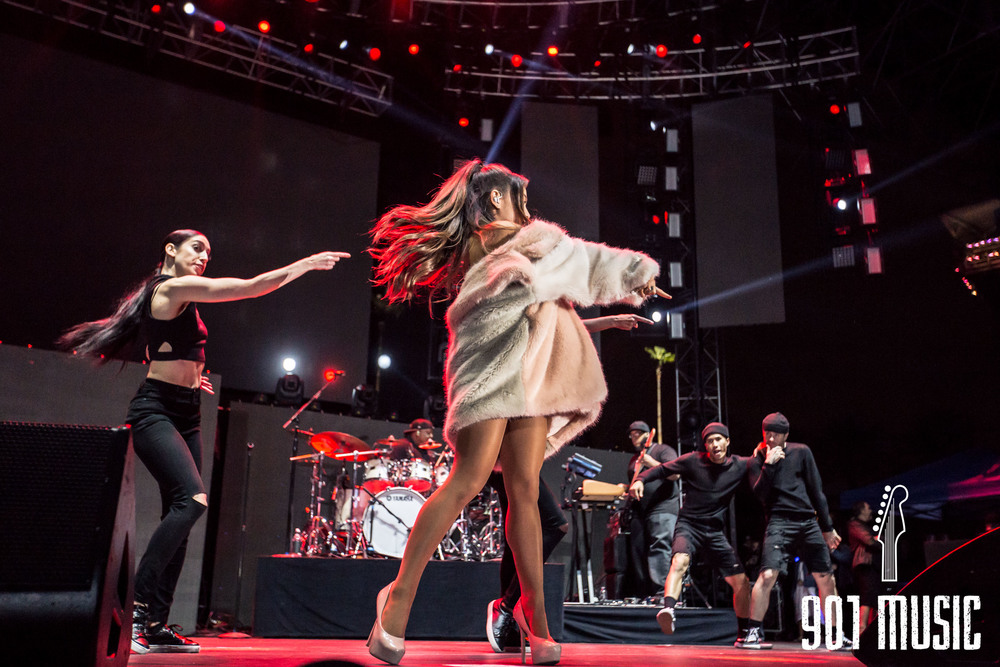 Ariana-19.jpg