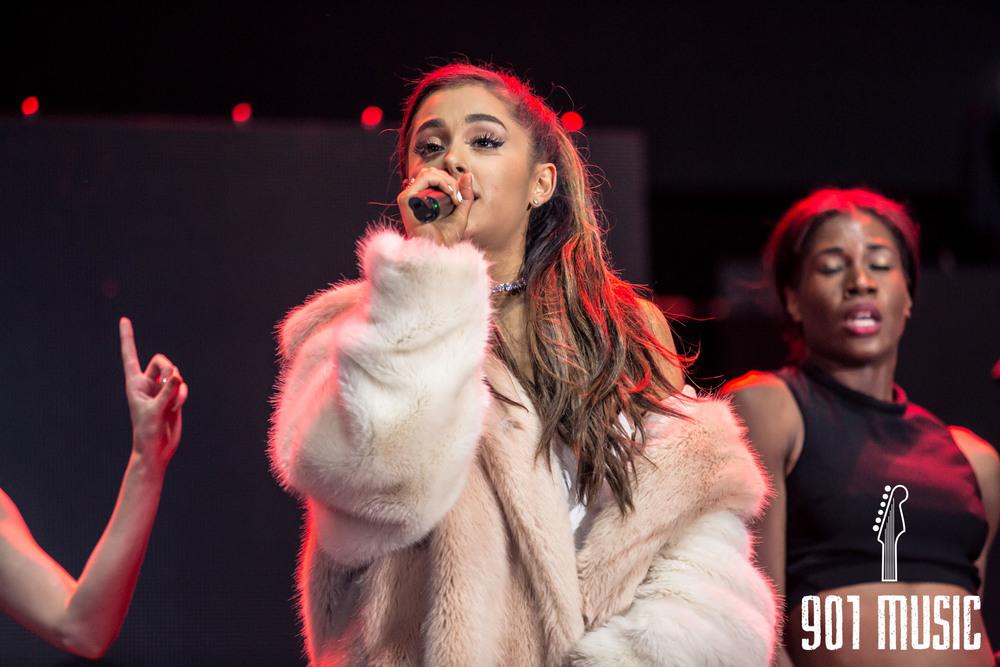 Ariana-34.jpg
