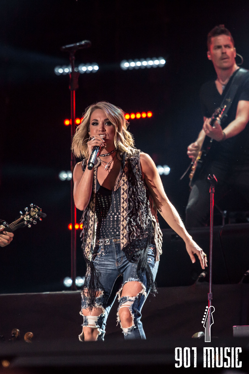 Carrie Underwood-3.jpg