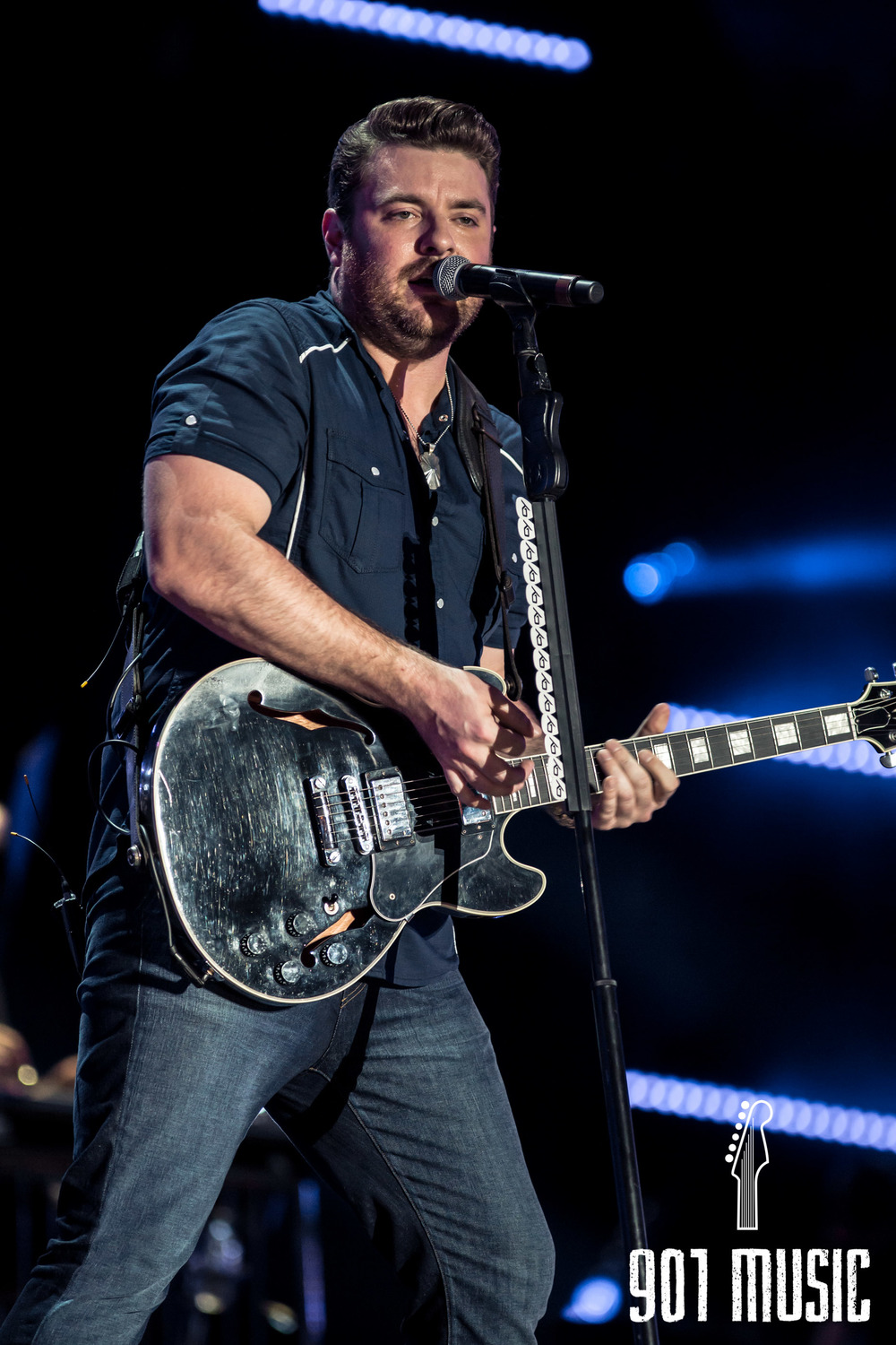 Chris Young-7.jpg