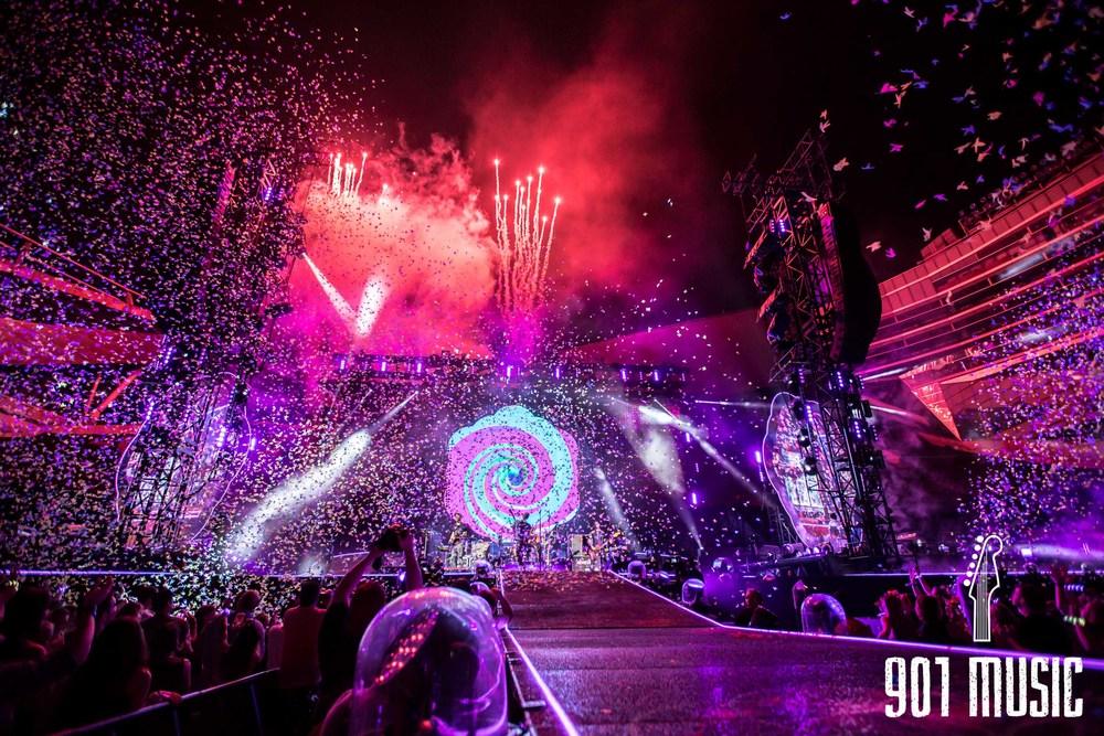 na-07232016-Coldplay-42.jpg