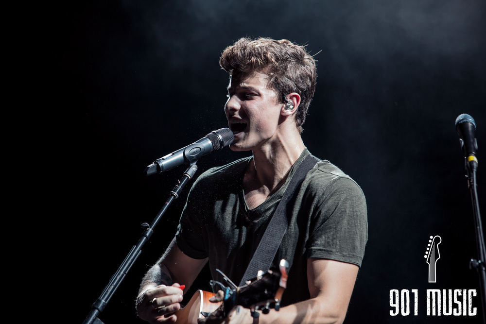 ts-08072016-Shawn Mendes-10.jpg