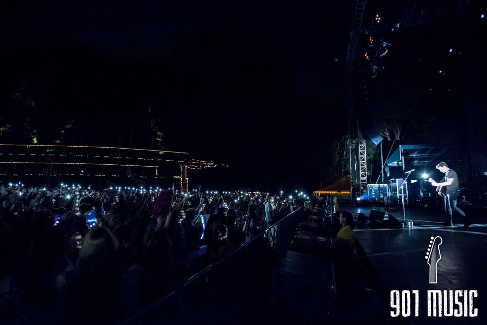 ts-08072016-Shawn Mendes-28.jpg