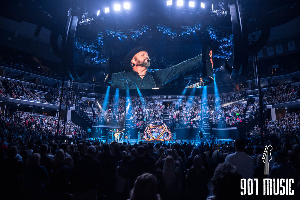 Garth Brooks Tour Dates August