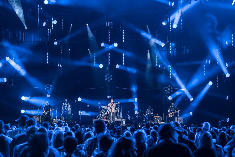 na06082017-CMA Fest Night 139.jpg