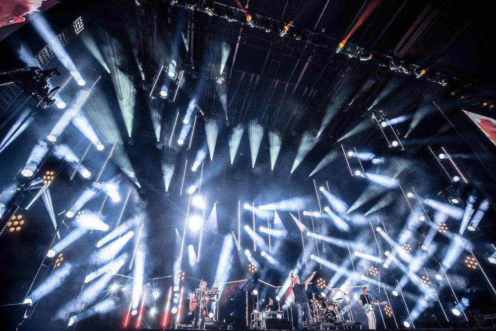 na06082017-CMA Fest Night 25.jpg
