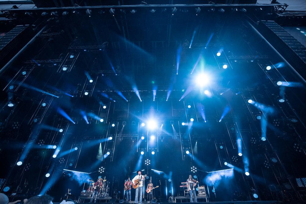na06112017-CMA Fest Night 45.jpg