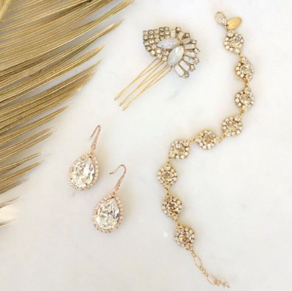 (Accessories via  Che Bella Bridal  in Minneapolis)