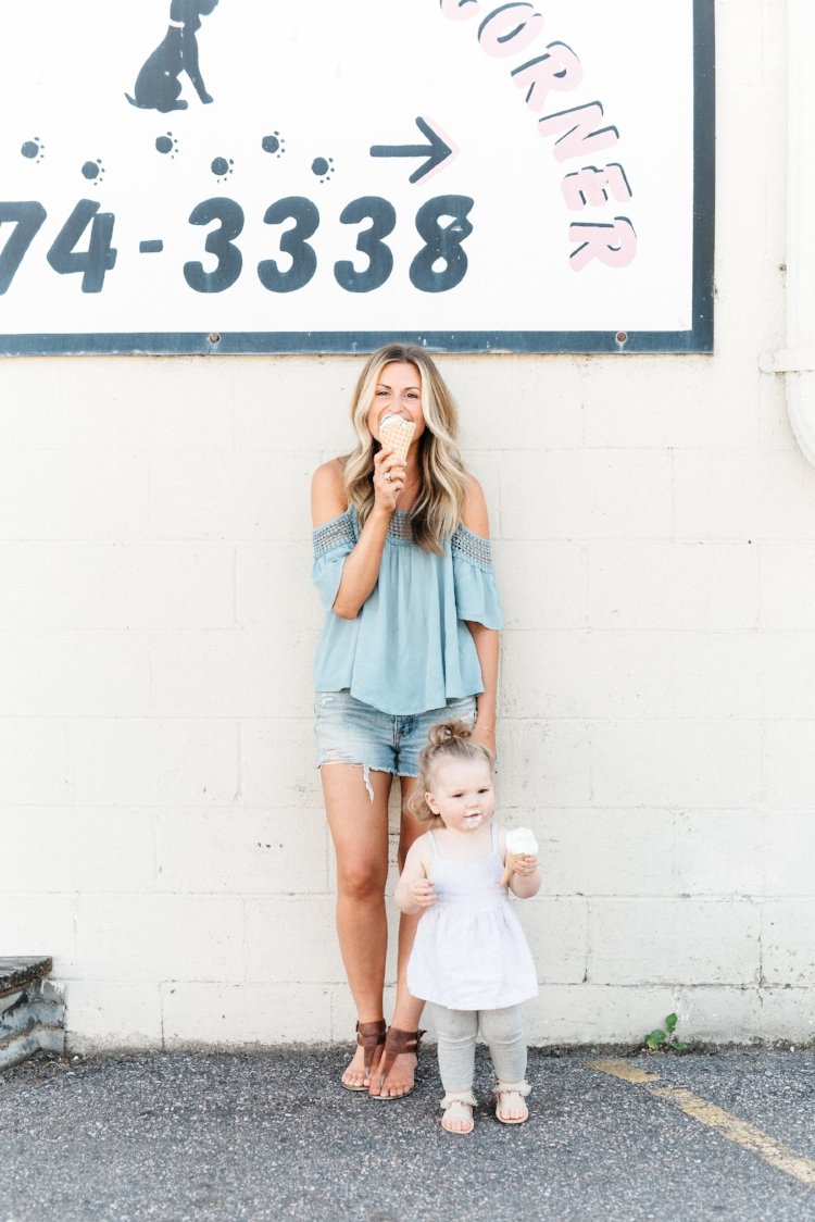 photo of Kaylee Groves & Adlee Kay by Beth Cath