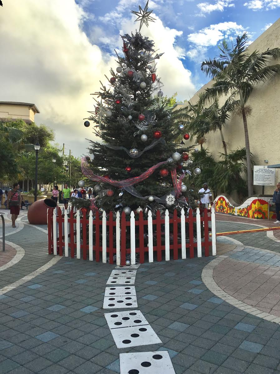 Little Havana is ready for the holidays!