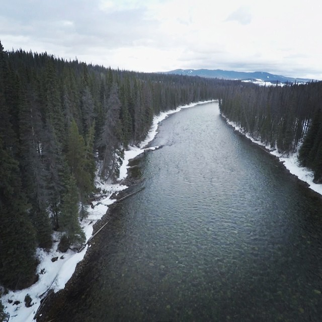 The Morice River marks the eastern entry point to Unist'ot'en land. The water is clean enough drink right from stream. Nadina Mountain is in the distance. #nopipelines #drones @gopro @patagonia