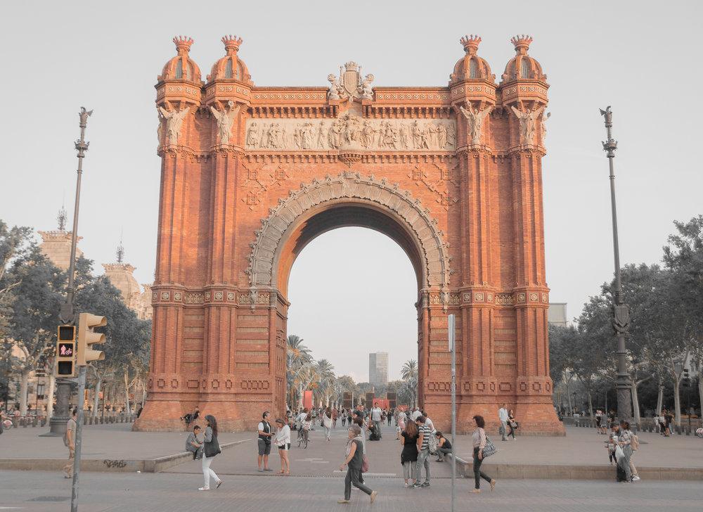 Arche de Triomphe - Barcelona, Spain