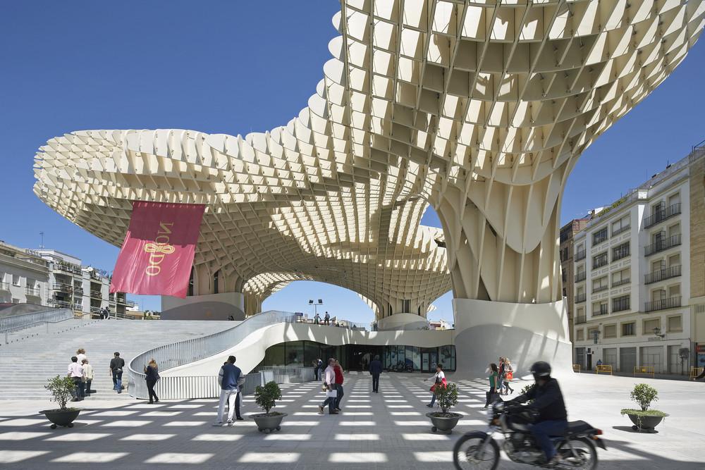 Metropol Parasol_ Plaza de la Encarnaci_n de Sevilla_(c) Hufton+Crow1.jpg