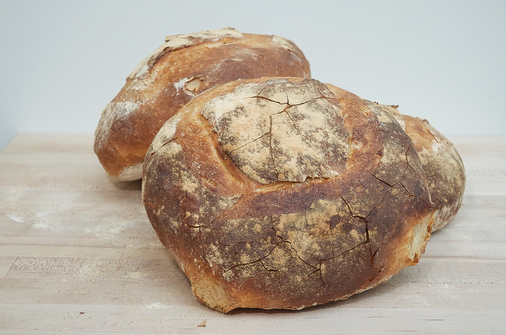 Country White Boule
