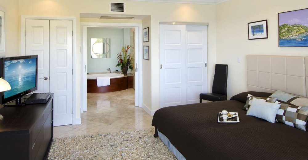 penthouse-apartment-for-sale-oyster-pond-st-maarten-10-1152x600.jpg