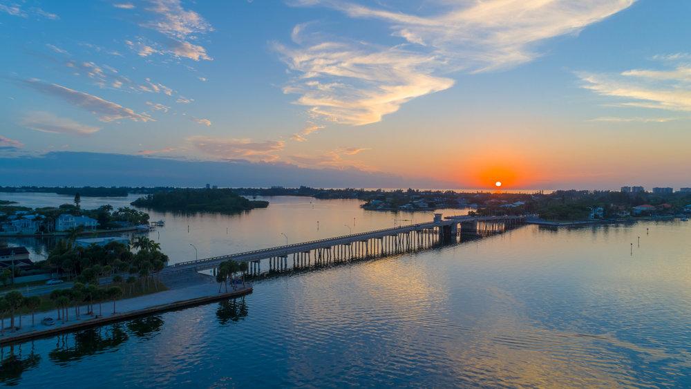 Siesta North Bridge Sunset Photo (1 of 1).jpg