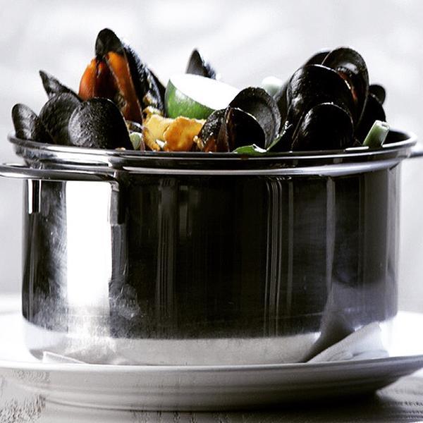 flex mussels 2.jpg