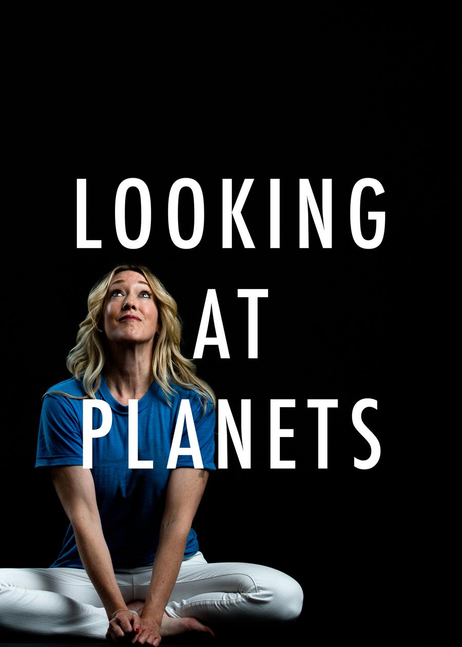 04_Jami_Looking-At-Planets.png