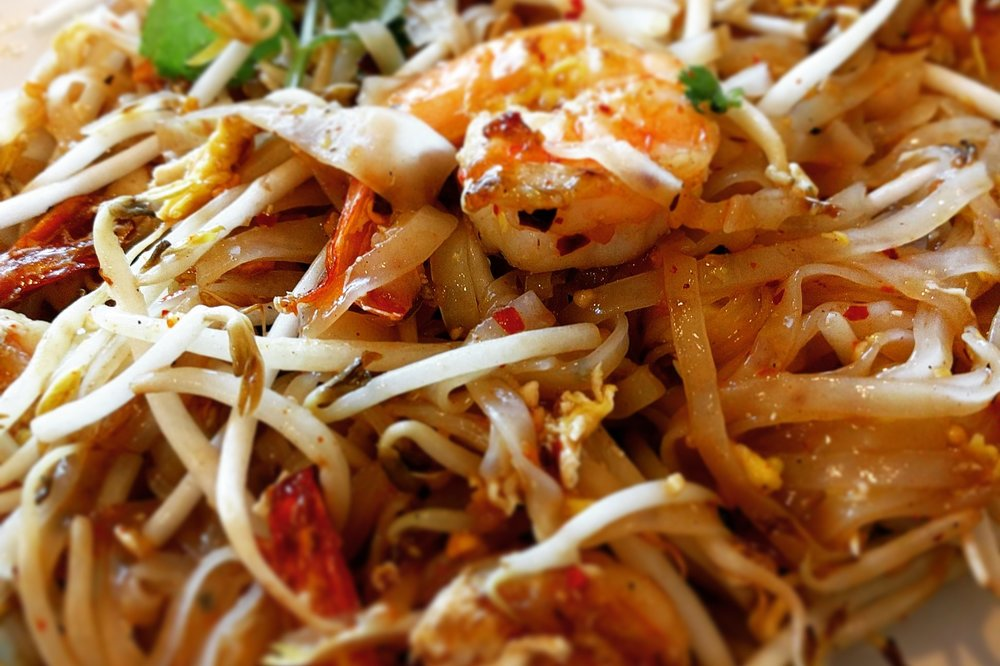 Not every Thai restaurant specializes in Pad Thai, but they make it because people order it and it keeps their businesses afloat. As such, it's unfair to judge them all by it. This is Pad Thai Khon Kaen from Yai.