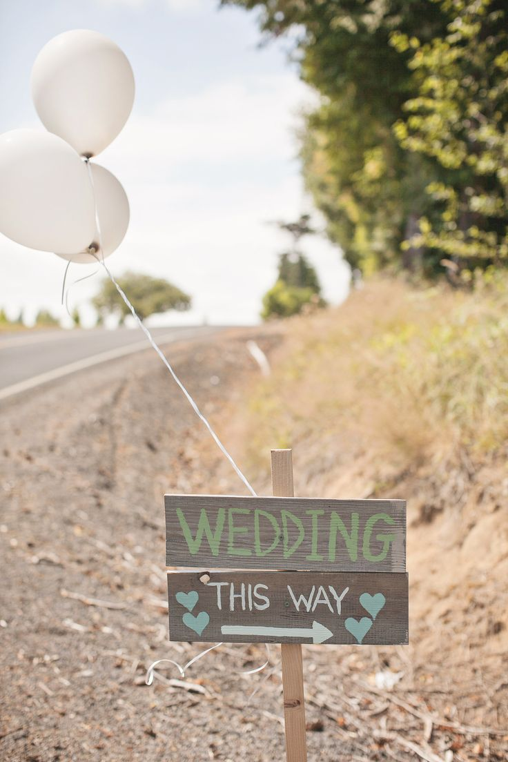DIY / Backyard Wedding  Image via: