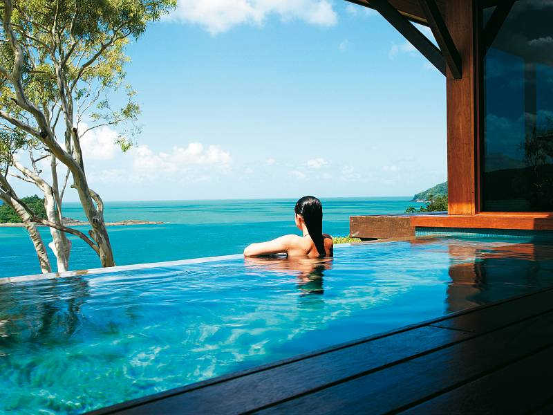 qualia-Windward-plunge-pool-001,medium_large.1438829797.jpg