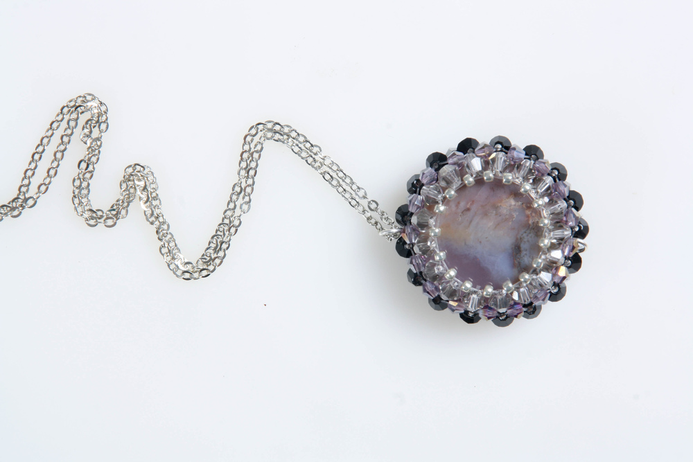 Purple beaded semi precious pendant(8102).jpg
