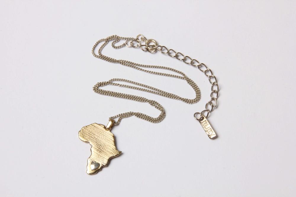 Sterling Silver Heart Africa pendant(3218).jpg