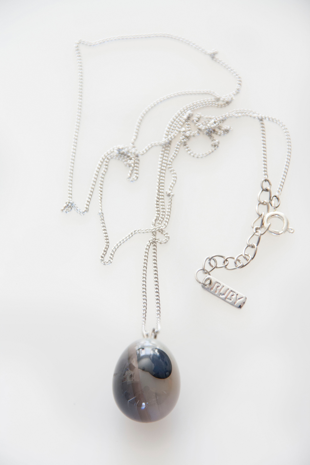 Grey Agate Polished ball pendant (3221).jpg