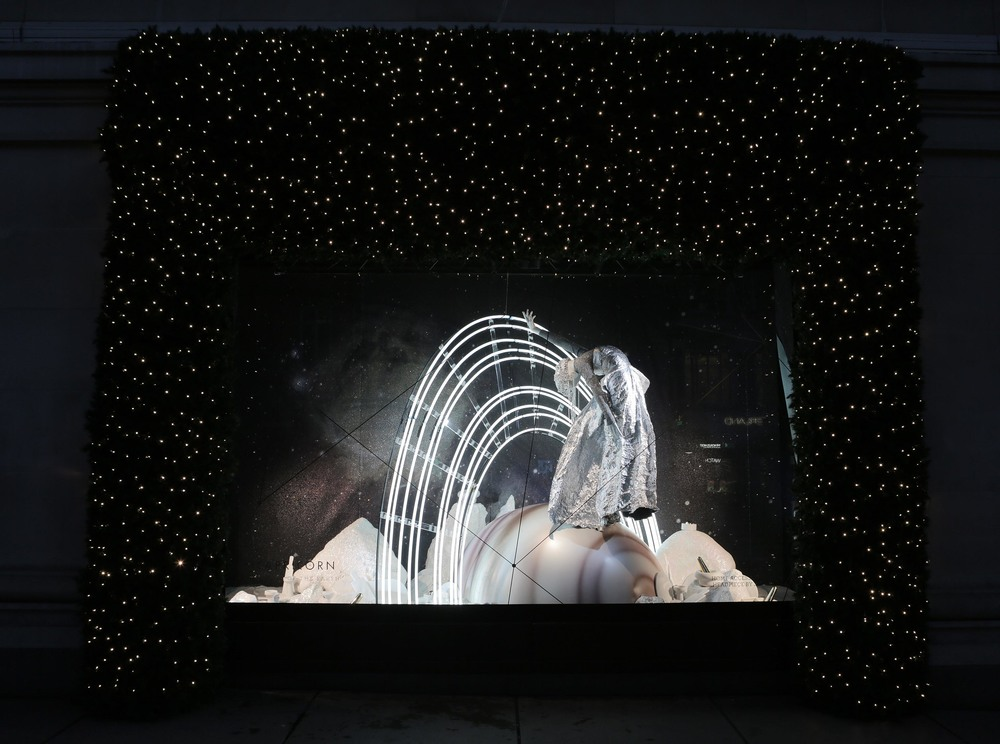 Selfridges Christmas Windows 2015_Journey to the Stars_Zodiac Capricorn.jpg