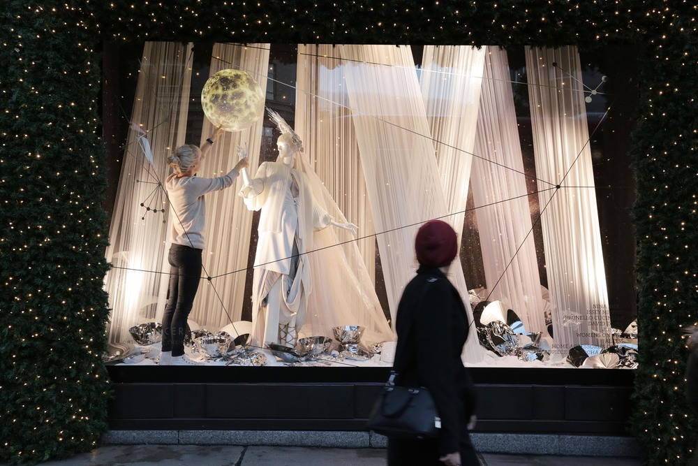 Selfridges Christmas Windows 2015_Journey to the Stars_Zodiac Cancer.jpg