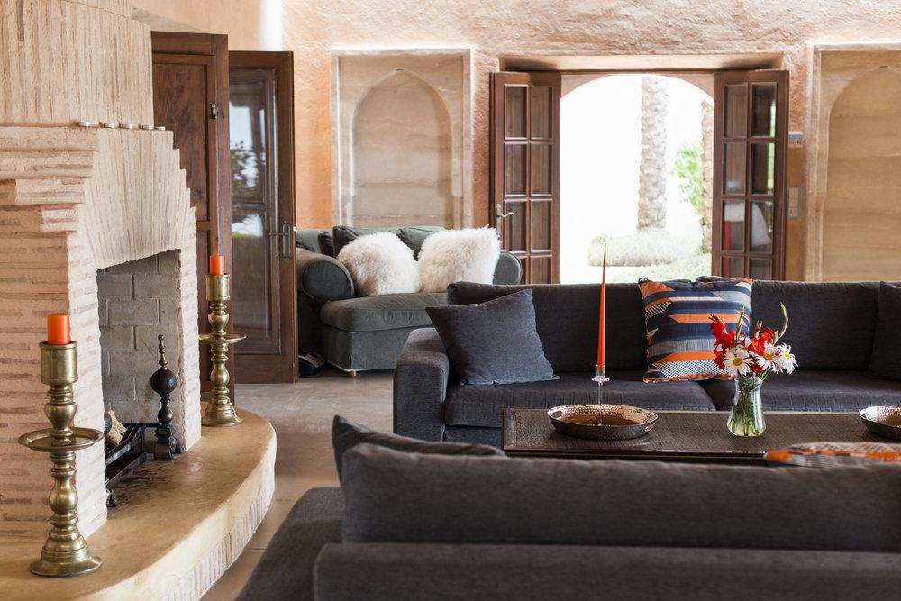 Casalavista_living room.jpg
