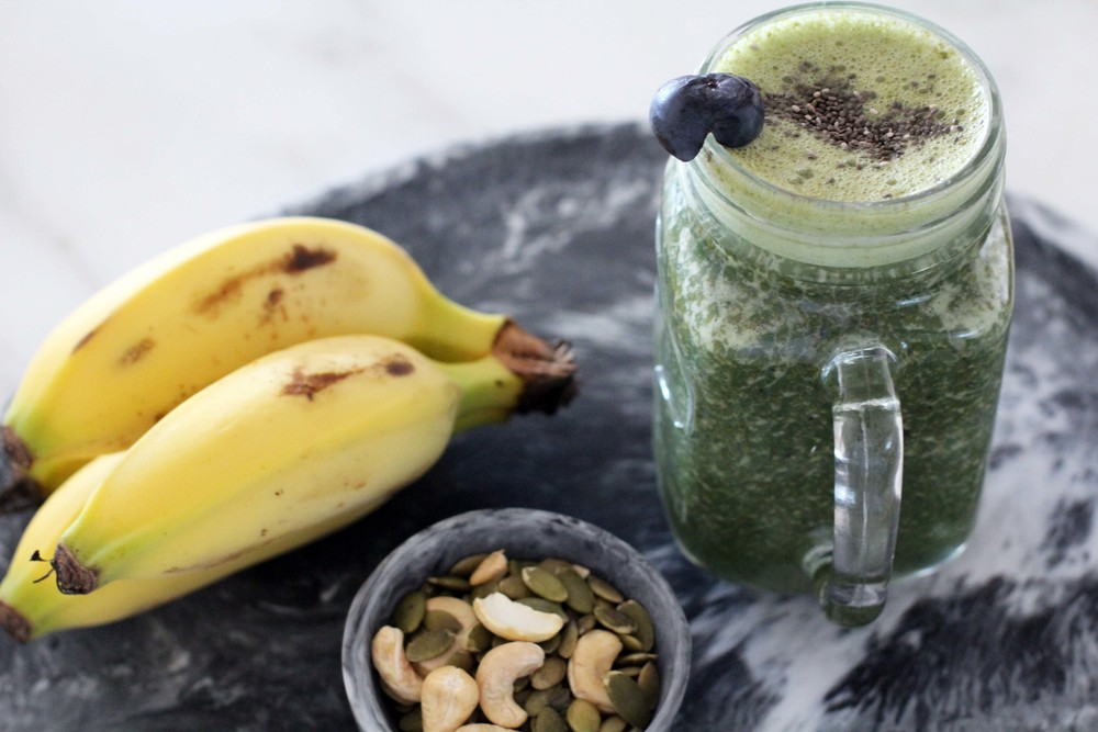 What to add to your green smoothie for more carbs & a sweeter breakfast.