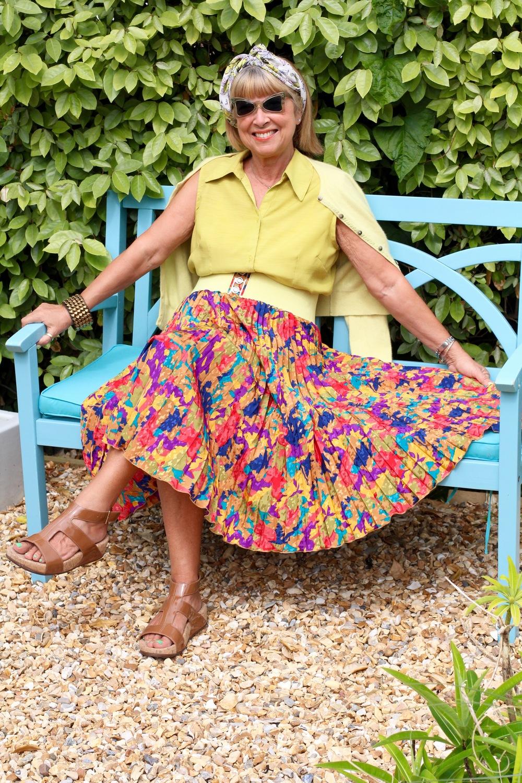 A ten quid vintage skirt