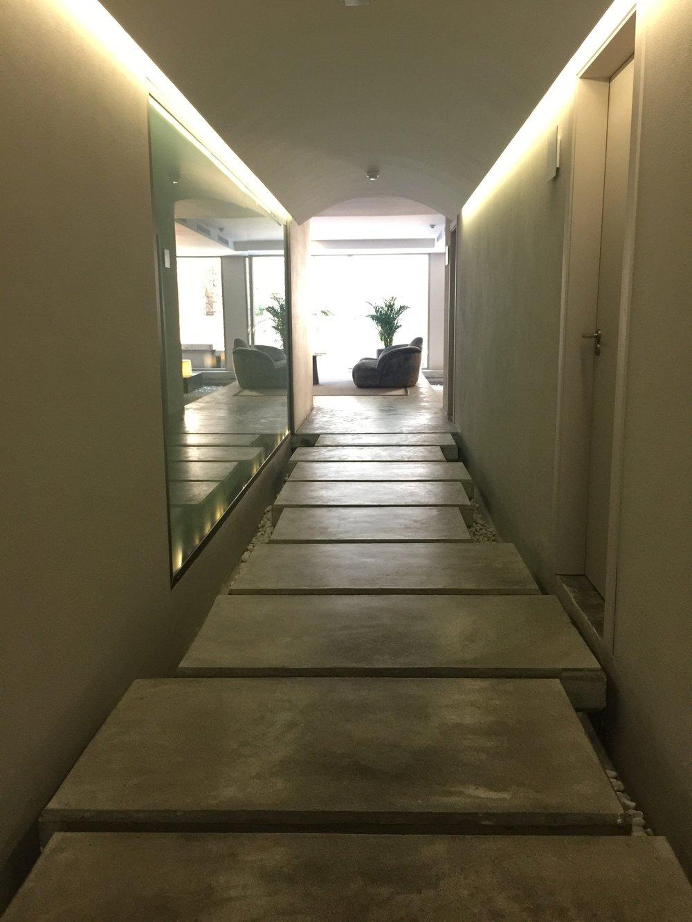 Spa entrance.