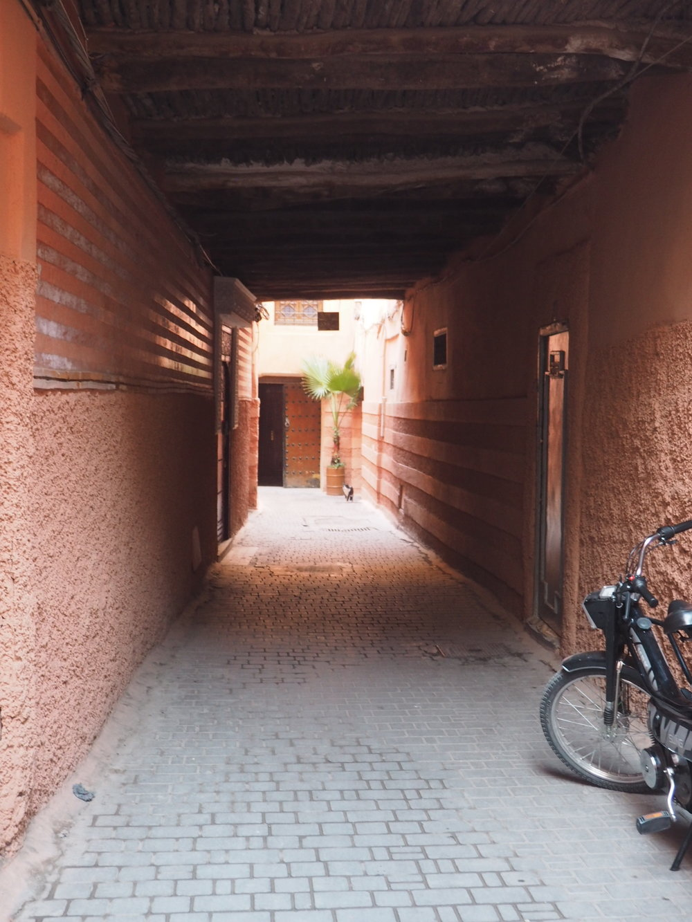 Unusually quiet Marrakech alley
