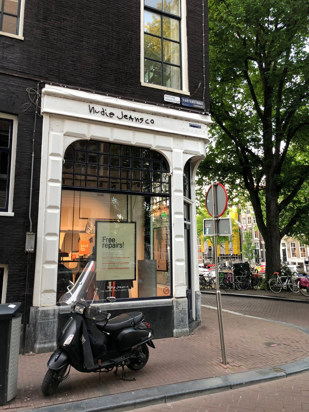 Best Street for shopping fashion in Amsterdam