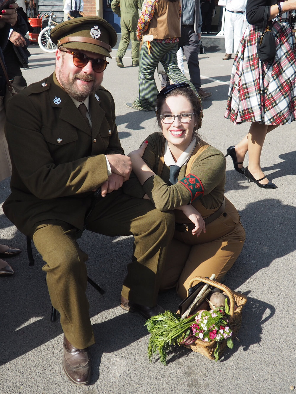 army look at goodwood revival.jpg