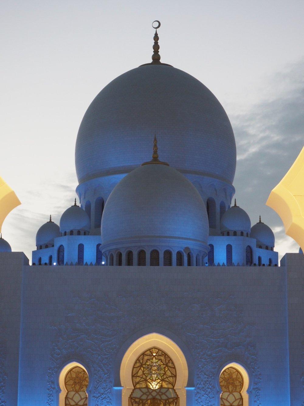 Sheikh Zayed Mosque (2).jpg