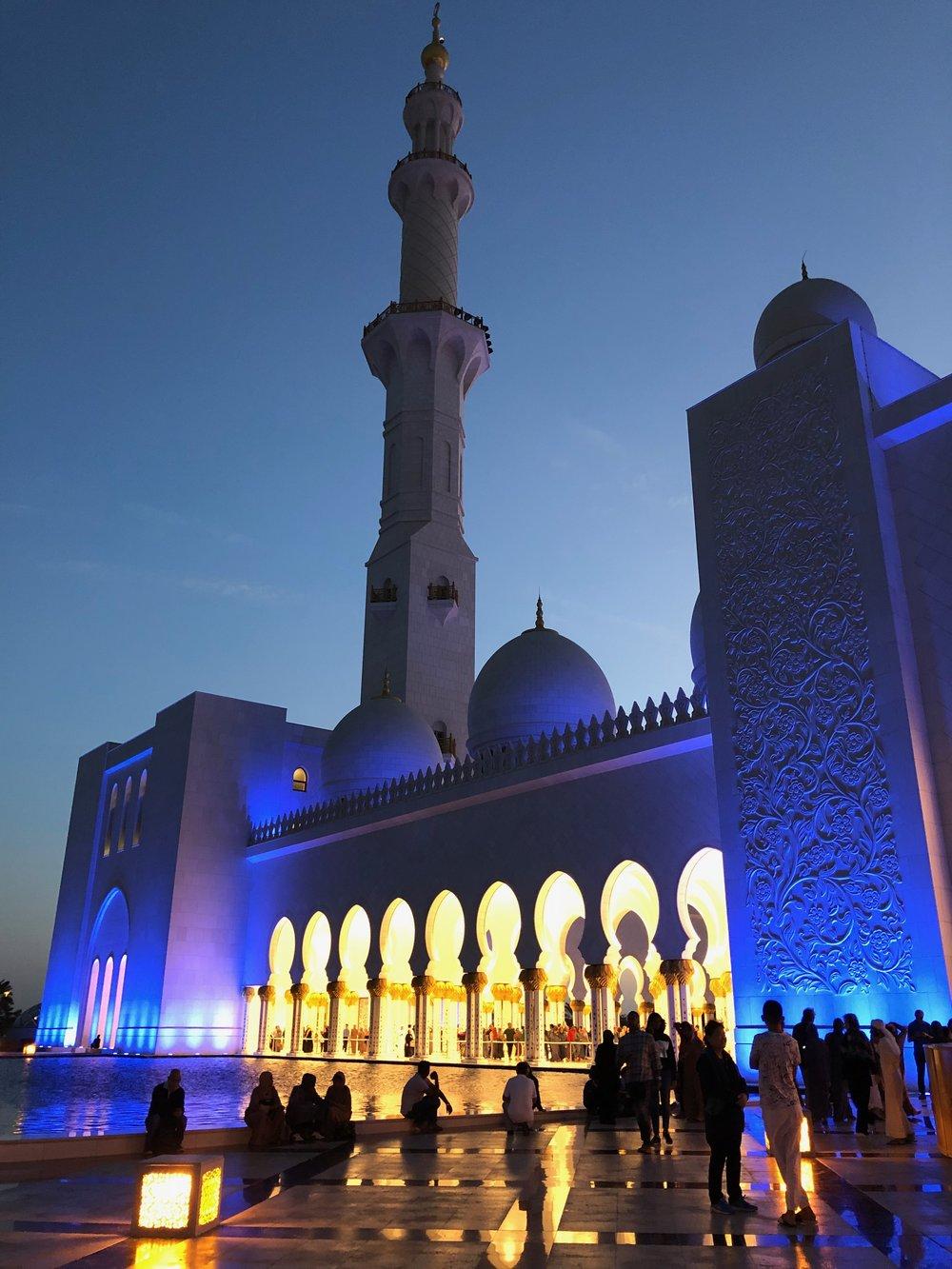 Sheikh Zayed Mosque (4).jpg