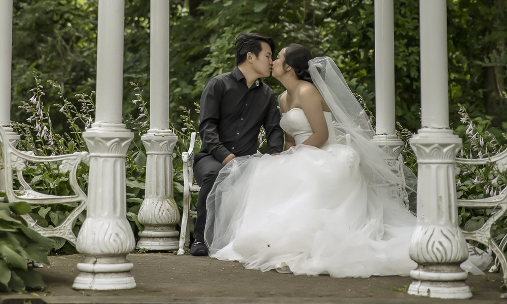 "★★★★★ Wedding  ""It was perfect! The whole process is awesome! I am so glad to meet Harry!""  —Yixuan Z"