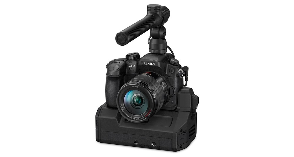 Panasonic-GH4-Available-for-Pre-Order-Starting-March-17-425070-2.jpg
