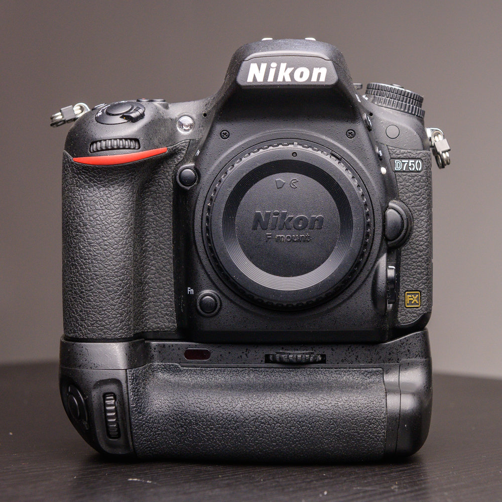 Nikon D750 24mp FX DSLR with Promaster Vertical Battery Grip and Spare Battery