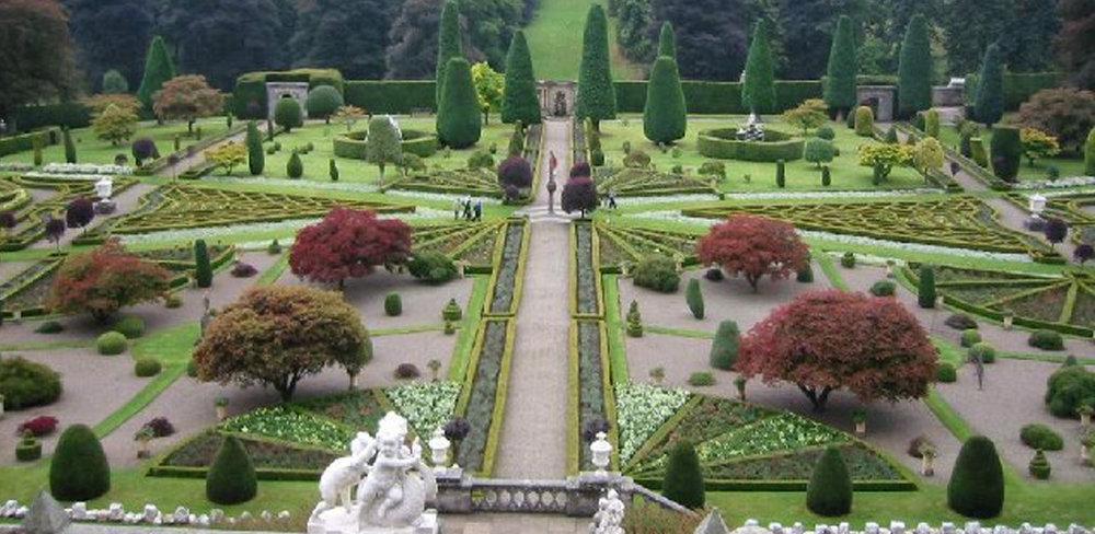 Drummond_Castle_Gardens_Vesailles.jpg