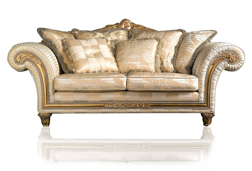 Luxury-Classic-Sofa-and-Armchairs-Imperial-by-Vimercati-Media-5.jpg