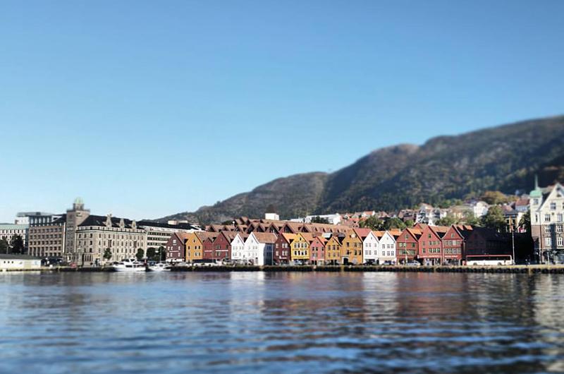 Bergen er virkelig en vakker by, særlig når sola skinner. Foto. Espen Døhlen - instagram: @norwayetc