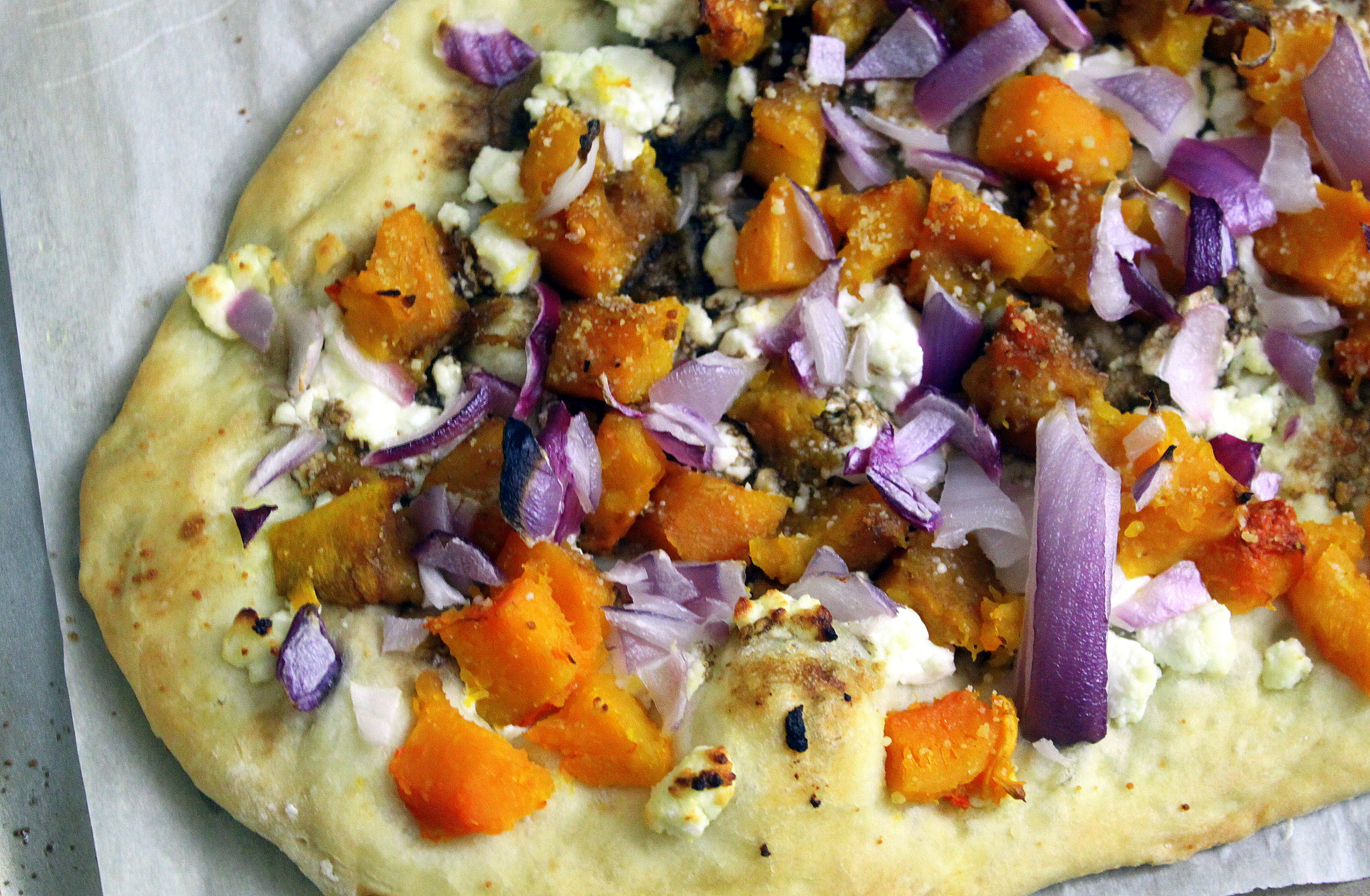 winter squash, goat cheese and red onion pizza