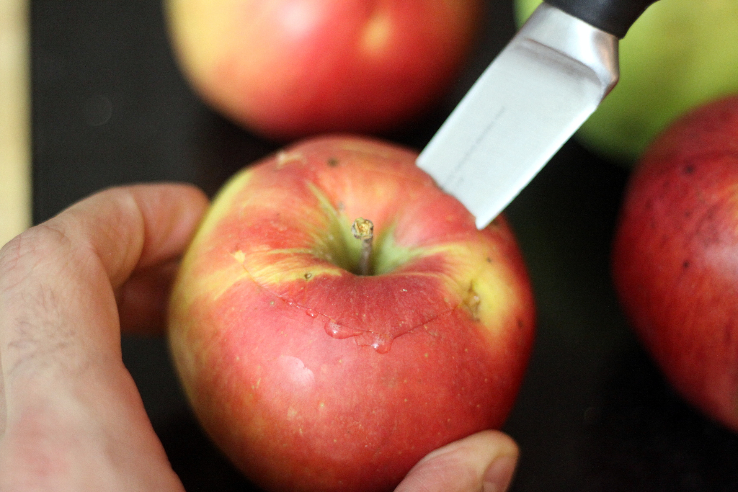 coring an apple