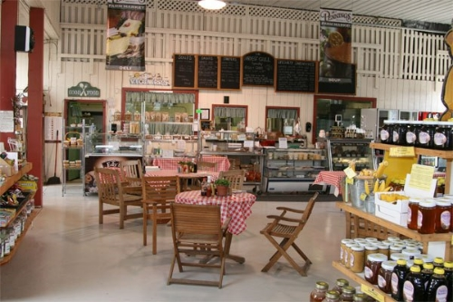 Farm store in Warwick, NY. Photo by Tara Kelly.