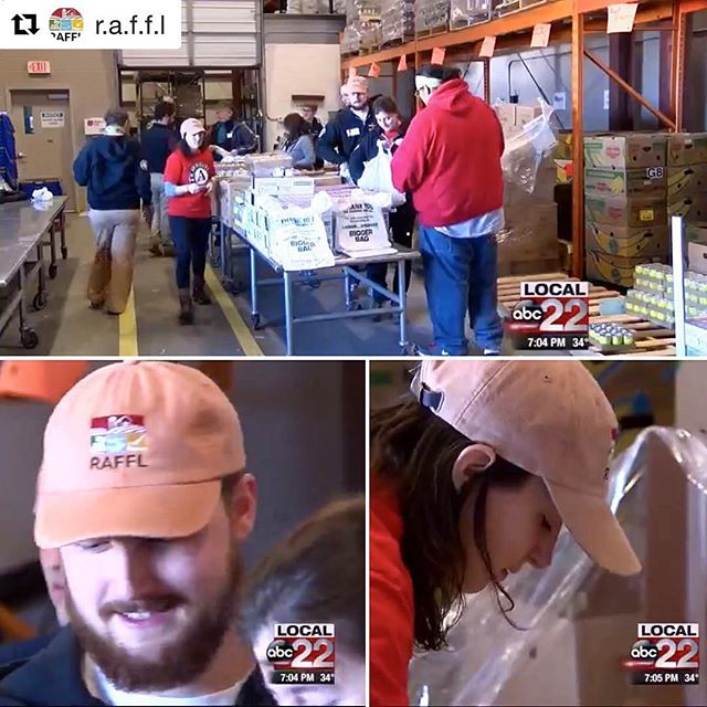 #Repost @r.a.f.f.l ・・・ Our AmeriCorps Vista volunteers Mary Bilecki and Phil Gurley were on tv volunteering at the Vermont Food Bank in Barre on Monday for MLK Day. #rootedinvermont